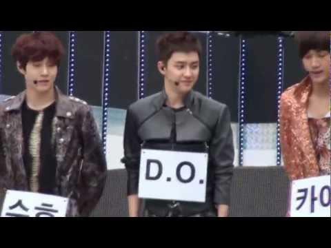 [Kyungsoo] 120608 EXO-K D.O slipped @ Rehearsal Music Bank Jeonju