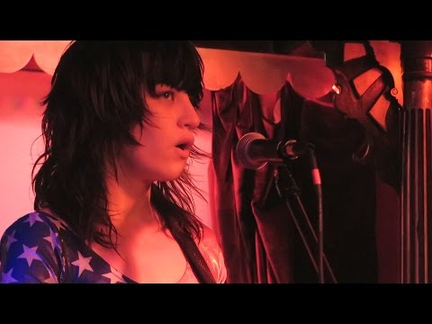 DEAP VALLY - ROYAL JELLY