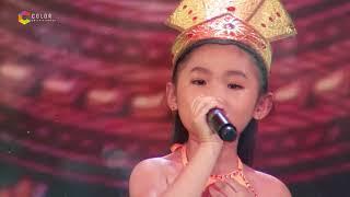 Cô bé 7 tuổi Nghi Đình 'đốn tim' ban giám khảo từ những câu hò của bài Tân cổ đất nước lời ru