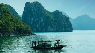 Traditional Vietnamese Music - Ha Long Bay