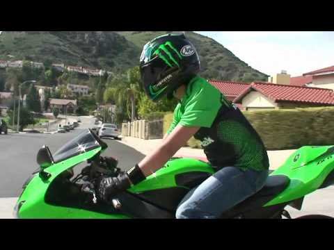 Baixar All Green Kawasaki NINJA ZX6R Rider on the street - Monster Energy Gear