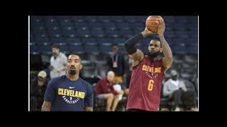 JR Smith has hilarious brain fart late in game, costs Cavs a potential win in Game 1
