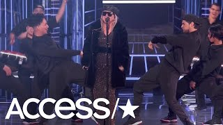 Kelly Clarkson Opens 2018 Billboard Music Awards With Epic Mashup Performance! | Access
