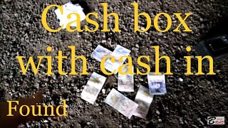 Stolen Safe full of Cash Found Magnet Fishing