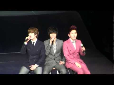 SMTown Live NY Super Junior (K.R.Y.) Sorry Sorry Answer [111023] [fancam]