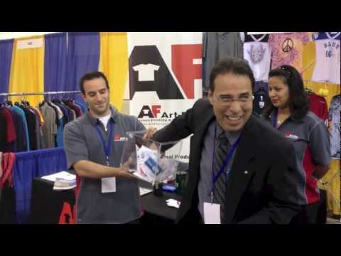 EXCLUSIVE LOOK! Art Flo @ Illinois Hispanic Chamber of Commerce Expo