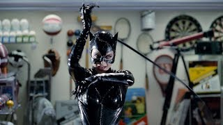 Meow scene: Catwoman in the mall | Batman Returns (4k Remastered)