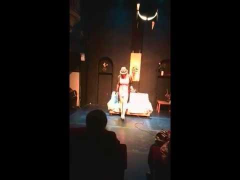 Alondra emili (vocalista de la sonora dinamita )