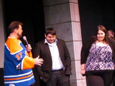 Kevin Smith performs wedding ceremony before Clerks - YouTube