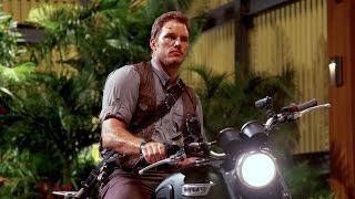 Chris Pratt's Jurassic World Journals: Motorcycle (HD)