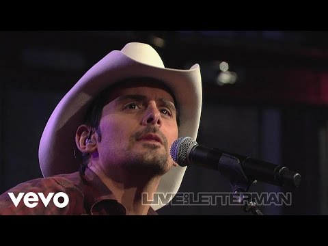 Brad Paisley - Anything Like Me (Live on Letterman)
