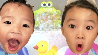 Bath Song Nursery Rhymes Song for Kids from Onew and TTao | For Bath Time Song