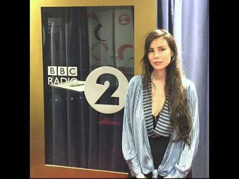 Skott - Glitter & Gloss (Acoustic) (BBC Radio 2 Session)