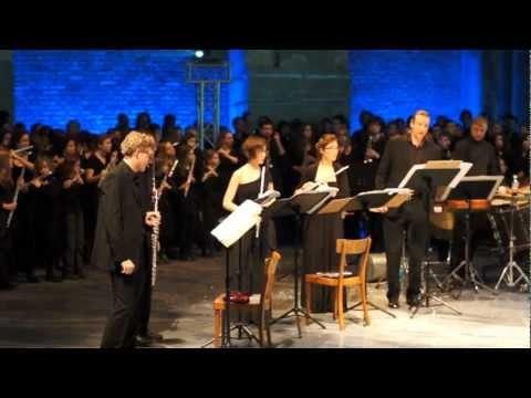"""Rehearsal of Salvatore Sciarrino´s work """"Studi per l´Intonazione del Mare"""" in Vienna, March 2012"""