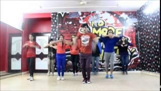 Abhi to party shuru hui hai by Manwar Bisht@Delhi Dancing