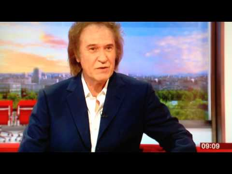 The Kinks Ray Davies talks about his new book Americana. - YouTube