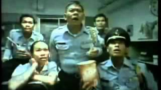 Thai TV ads Commercial (Veryyyyy Funny)