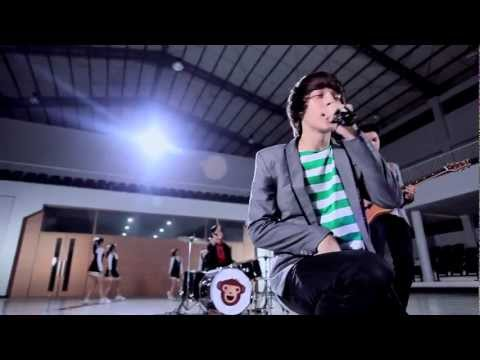 The Junas Monkey - Jadian (Official Music Video)
