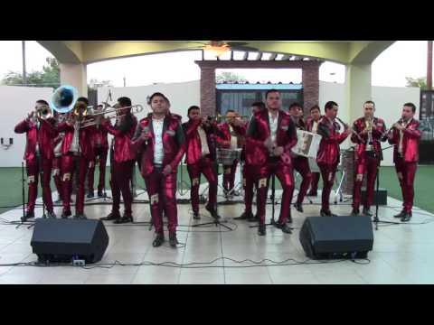 'Sangoloteadito' al estilo del BANDA RENOVACION en 3 GRUPERO Televisa - Canal 4.1 Oct 2016