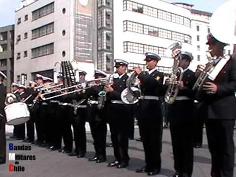Himno Nacional de Chile. Banda Escuela Naval.