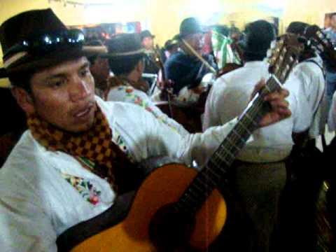 CAYAMBE MUSICA