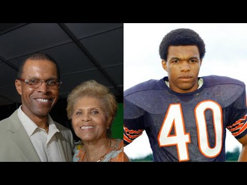 R.I.P. NFL Legend Gale Sayers Passed Away At 77 Due To This Disturbing Reason.
