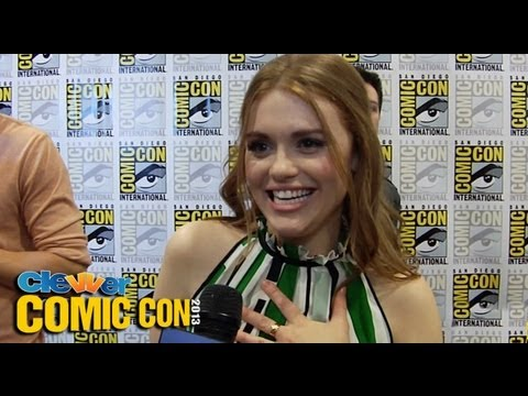 Holland Roden Talks Stiles/Lydia Kiss, Dylan O'Brien & More: 2013 ...