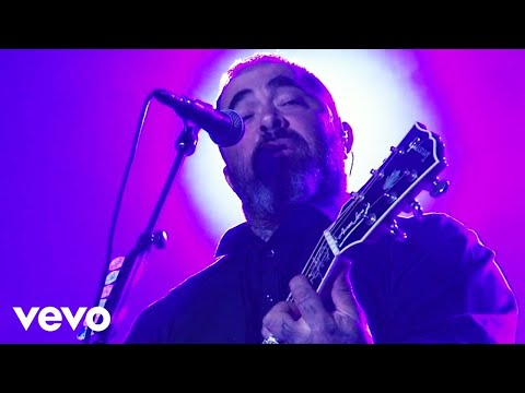 Aaron Lewis - Lost And Lonely (Live)