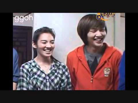 Hyoyeon: Eunhyuk & Shinee moments