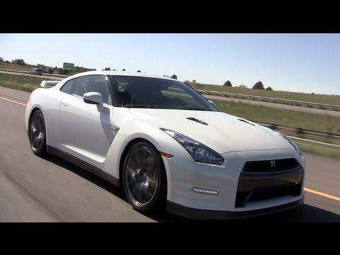 2014 Nissan GT-R MY14