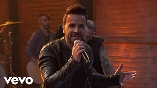 Luis Fonsi     –  Despacito  (Live From Conan 2017)
