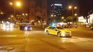 Camry CSGT bấm kèn bull horn, tả xung hữu đột giúp đoàn VIP thoát kẹt xe - Micronesia VIP convoy