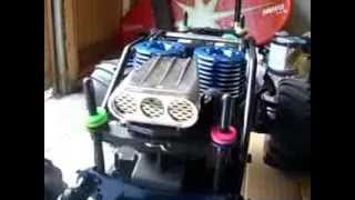 (KYOSHO GIGA CRUSHER DF) PART1 WILD PANTHER 30CXP DUAL ENGINE MONSTER,UNPACKING AND BREAK IN