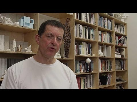 Antony Gormley, 2013 Laureate of Sculpture【Official Video】