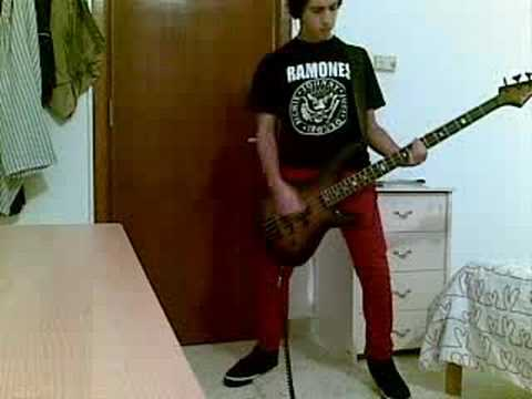 Baixar listen to my heart ramones-bass cover