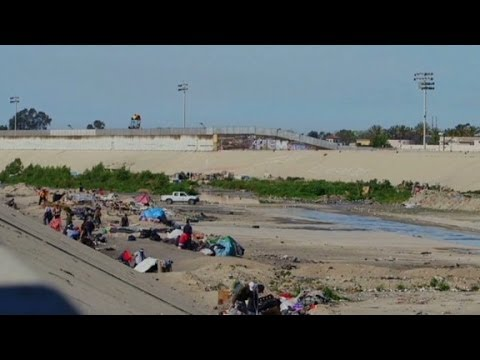 Deportees stuck in U.S.-Mexico border ''purgatory''