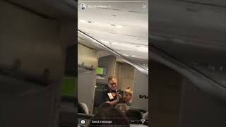 Mason Ramsey (Yodel Kid) sings on plane