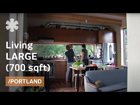Small Portland prefab home stacks space to fit family of 3