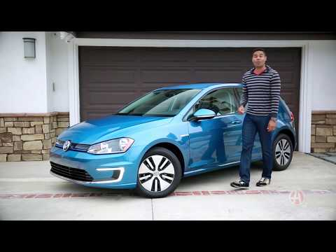 2016 Volkswagen e-Golf | 5 Reasons to Buy | Autotrader