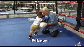 Mikey Garcia 2 Year Old Son Impressive Boxing Skills Lands Right Hand Like A Pro