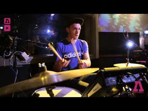 Glass Animals - Gooey - Audiotree Live