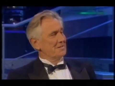 George Lazenby (BAFTA Tribute to James Bond) - YouTube