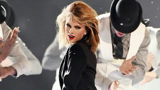 Taylor Swift - Blank Space (Brit Awards 2015)