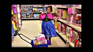 """SHOPPING at TOYS """"R"""" US Funny video For Kids"""