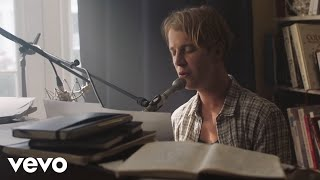 Tom Odell - Half As Good As You (Official Video) ft. Alice Merton
