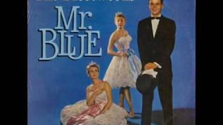 THE FLEETWOODS - Mr. Blue