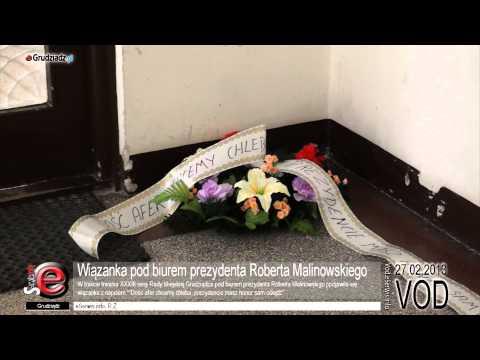 Wiązanka pod biurem prezydenta Roberta Malinowskiego