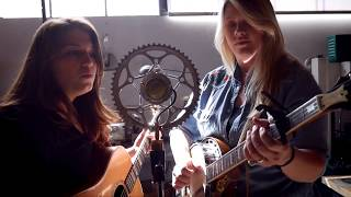 The Local Honeys - The Redhead Yodel no. 1 [Mainliner] - (live at Ear Trumpet Labs)