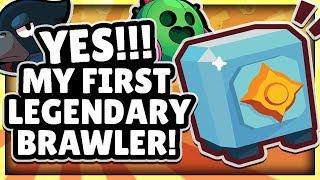 WE UNLOCKED OUR FIRST LEGENDARY BRAWLER! CROW OR SPIKE? + GAMEPLAY! - BRAWL BOX OPENING BRAWL STARS