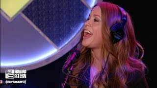 "Alanis Morissette ""Hand in My Pocket"" on the Howard Stern Show (2008)"